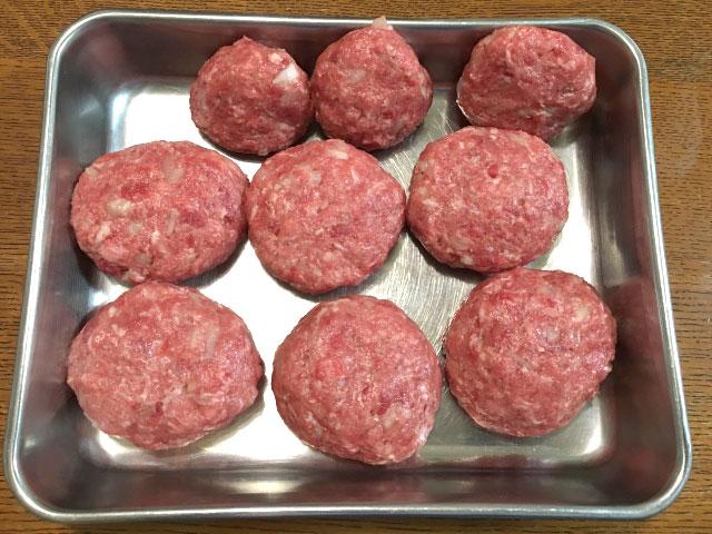 ひき肉ハンバーグ